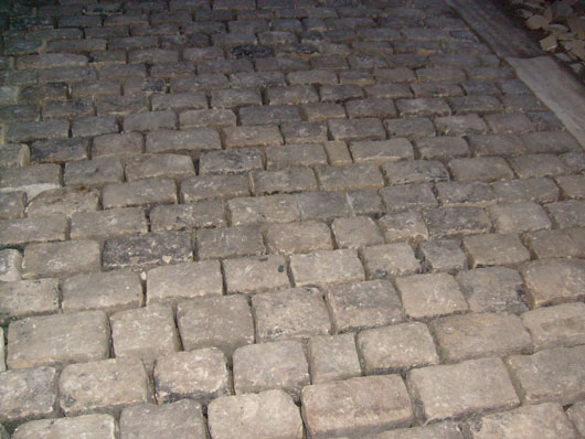 COBBLE SETTS WHEN LAYED Stone